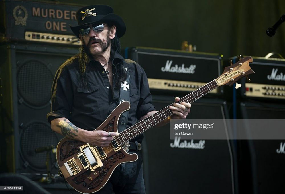 lemmy-from-motorhead-performs-on-the-pyramid-stage-during-the-at-picture-id478641114