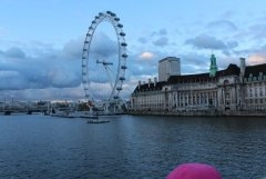 London eye from the westminister bridge