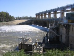 Weir at Yarrawonga Lake Mulwela, bit of water in the Lake