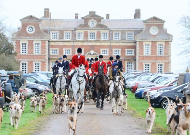 Fox hunters at Raynham Hall.jpg
