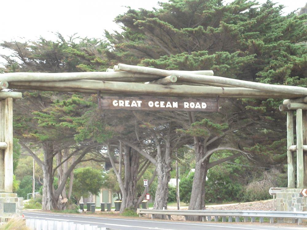 Great Ocean Road (1).JPG