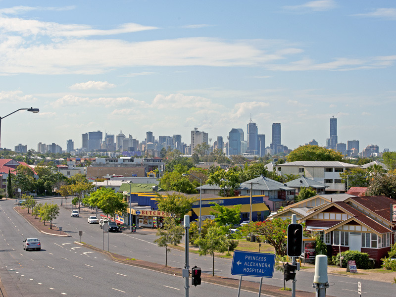 Greenslopes - Brisbane Suburbs - Queensland - Moving to