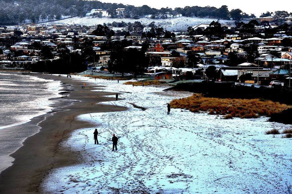 snow blackmans bay.jpg