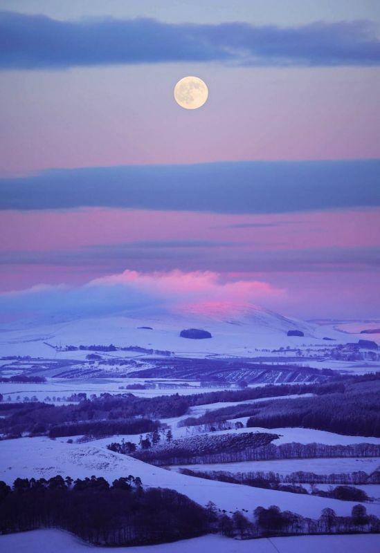 fuul moon biggar hills.jpg