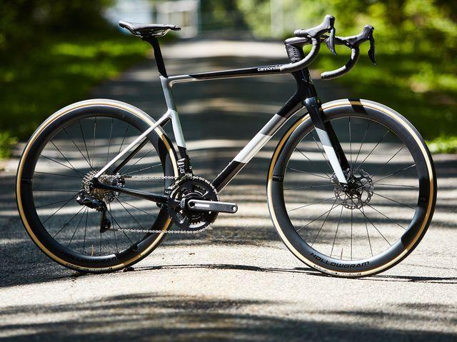 Bike.jpg.783f50af6f18317596ed5234b4e01dd1.jpg